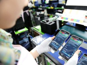 Phone Makers Rush to Open Indonesia Factories
