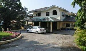 Bahan House