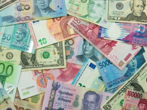 5 Safest Currencies in Asia for a Recession